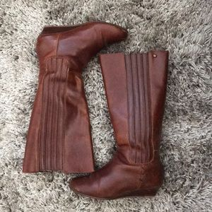 Reef Camel Colored Boots